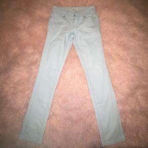 ❤️ BUNDLE 3 for $20 ❤️ Light blue skinny jeans
